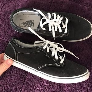 Vans women's size 9 slim style black and white